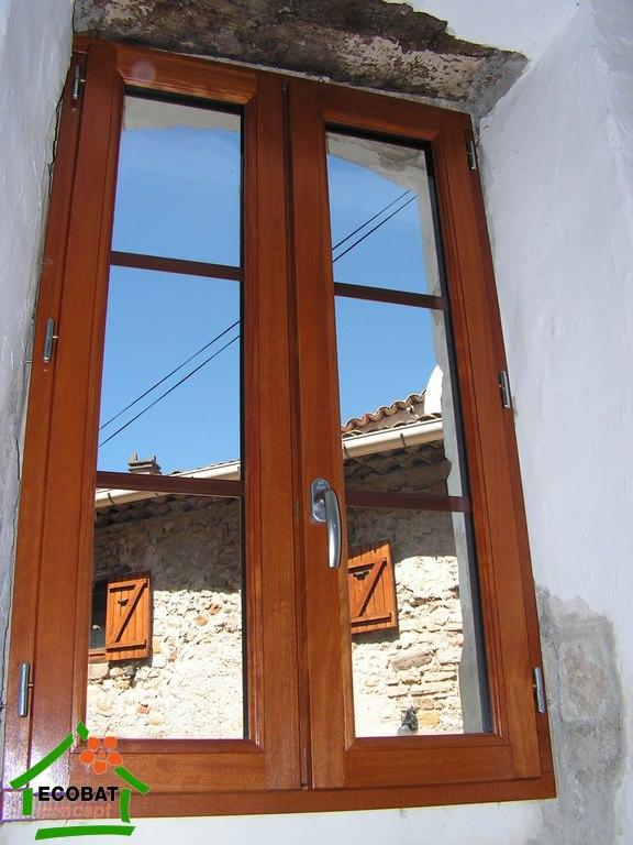 lezan fenetres bois double vitrage sur mesure vente fen tres. Black Bedroom Furniture Sets. Home Design Ideas