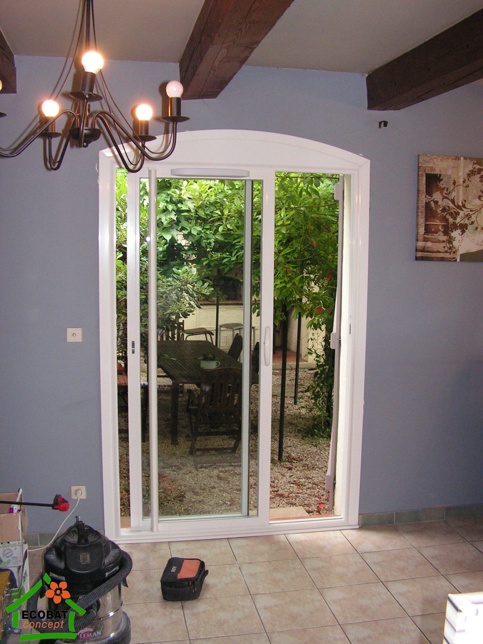 saint jean de ceyrargues coulissant alu et cintres acheter fen tres. Black Bedroom Furniture Sets. Home Design Ideas